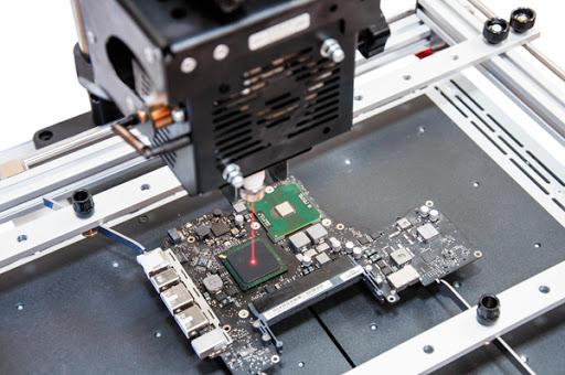 Как осуществляется ремонт материнской платы ноутбука